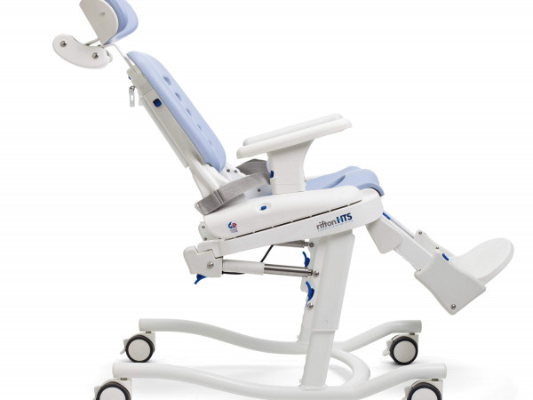GS8V4A-40VA Commode chair for disabled use